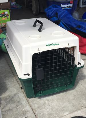 Small dog crate for Sale in Lexington, KY