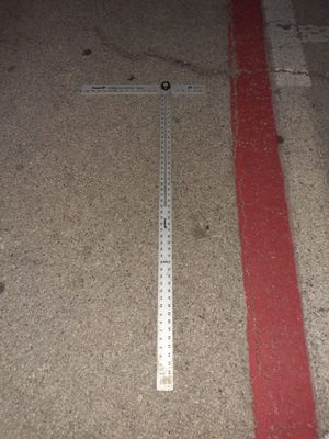 Adjustable 4ft drywaller T Square!! for Sale in Irving, TX