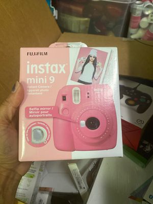 Fujifilm Instax Mini 9 Instant Camera - Pink Instax Mini 9 for Sale in Chino Hills, CA