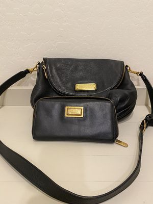 Marc Jacobs crossbody bag and wallet for Sale in Queen Creek, AZ