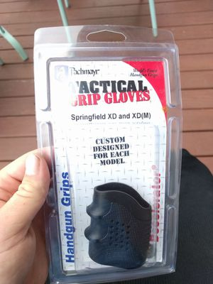 Springfield grip for Sale in Cleveland, OH