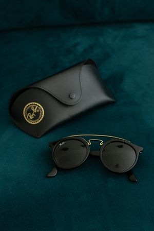 Raybans sunglasses for Sale in San Francisco, CA