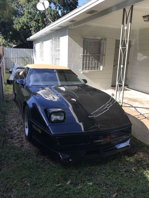 1986 Chevrolet Corvette Indy 500 Pace Car Edition for Sale in Tampa, FL