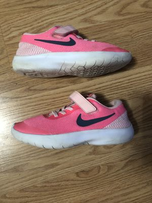 Girls 3Y Nike Flex Experience RN shoes for Sale in LAKE TAPWINGO, MO