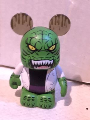 """DISNEY VINYLMATION 3"""" MARVEL 2 THE AMAZING SPIDER-MAN THE LIZARD COLLECTIBLE TOY for Sale in San Bernardino, CA"""
