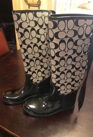 Coach boots size 5B for Sale in Waldorf, MD