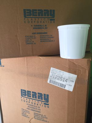 400 food grade plastic containers for Sale in Olney, MD