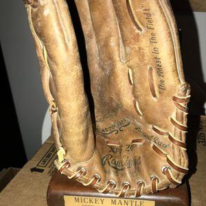Baseball Glove for Sale in Hanover, MD