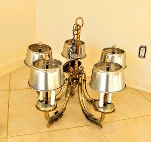Chandelliers. (2) very high end. Very nice! for Sale in Riviera Beach, FL
