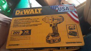 DeWalt high torque impact wrench kit DCF899M1 for Sale in Philadelphia, PA