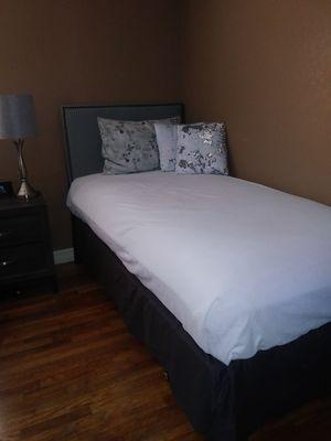Twin bed for Sale in Rialto, CA
