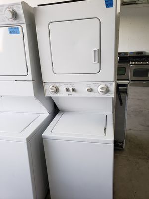 """24"""" KENMORE STACKABLE WASHER AND ELECTRIC DRYER for Sale in Modesto, CA"""
