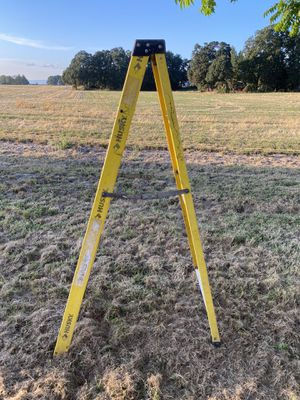 Six ft ladder for Sale in Woodburn, OR