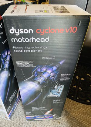 Dyson Cyclone V10 Vacuum (brand new!) for Sale in University Place, WA