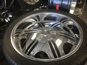 "24"" F5 chrome wheels and tires for Sale in Norcross, GA"