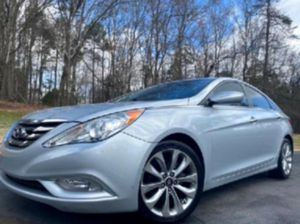 Climate control '11 Hyundai Sonata  for Sale in Elwood, UT