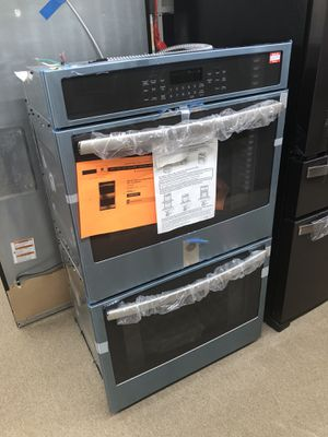 Ge Stainless steel 30inch Wall Oven on sale for Sale in Norcross, GA