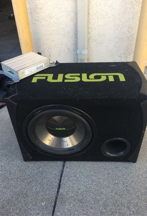 """Fusion 20"""" Subwoofer with Amp (12"""" Speaker) for Sale in South Gate, CA"""