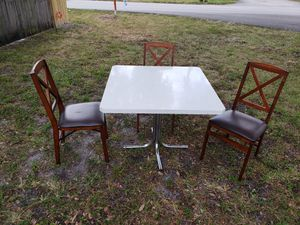 Free marble table... for Sale in Miramar, FL