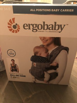 Ergo baby carrier for Sale in Cleveland, OH