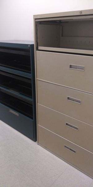 Free 2 filing cabinets must take both... for Sale in Miami, FL