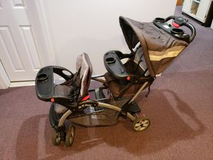 Baby Trend Sit N' Stand Stroller - Double for Sale in Germantown, MD