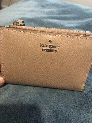 KATE SPADE wallet make an offer! for Sale in Vancouver, WA