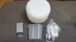 NEW. Humidifier & Diffuser for Essential oil for Sale in Gig Harbor, WA