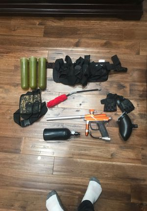 Azodin blitz electric paintball gun and gear set for Sale in Lockport, IL