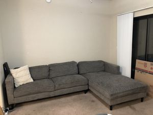 Gray sectional couch for Sale in Mesa Grande, AZ
