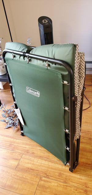 Coleman ridgeline III cot with foam mattress for Sale in Sunnyvale, CA