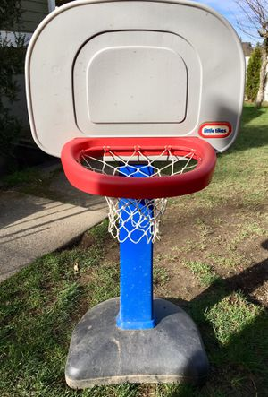 Little Tikes basketball hoop for Sale in Tacoma, WA