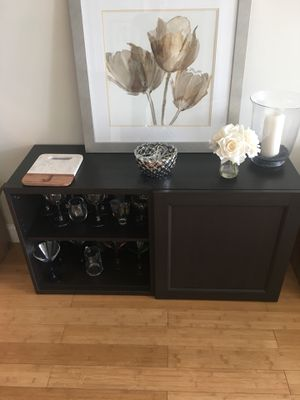 Bar (with shelves and cabinet) for Sale in Miami, FL