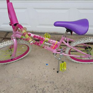 "Girls Huffy. 20"" Bike Like New Condition for Sale in Canton, MI"