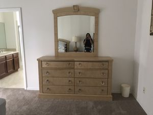 Queen size bedroom set for Sale in Haines City, FL