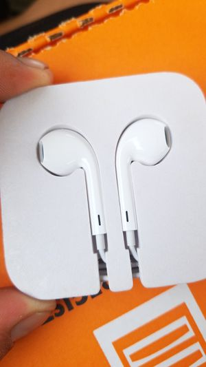Apple earbuds for Android for Sale in Nashville, TN