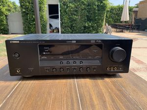 Yamaha RX-V461 5.1 Channel 500 Watt Natural Sound A/V Receiver for Sale in Beverly Hills, CA