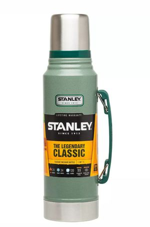 Classic vacuum thermo bottle 1.1 quart Stanley for Sale in Reedley, CA