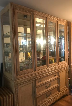 China cabinet $ 200.00 for Sale in Passaic, NJ