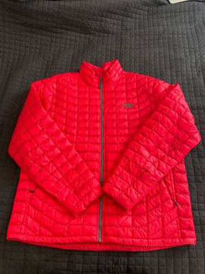Thermoball North face jacket. Brand new for Sale in Alexandria, VA