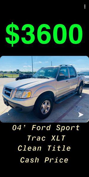 2004 Ford Explorer Sport Trac XLT for Sale in Dallas, TX