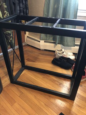 Aquarium stand for 20 long or 29 gallon for Sale in Pawtucket, RI