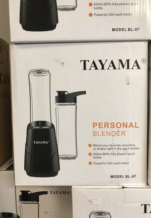 Personal blender Tayama 0.6 liters for Sale in Houston, TX