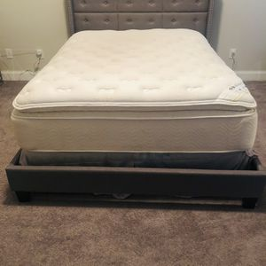 Grey Queen Sized Tufted Platform Bed With Mattress And Boxspring for Sale in Alpharetta, GA