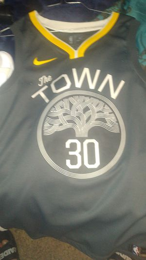 Curry Jersy & Addidas for Sale in Las Vegas, NV