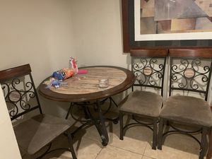 Dining table and 4 chairs for Sale in Chicago, IL