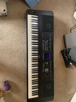Yamaha portable grand DGX-650 for Sale in Bend, OR