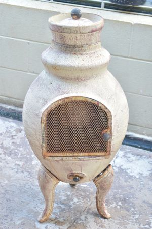 Vintage Pot belly stove for Sale in Ewa Beach, HI