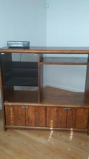 Entertainment unit for Sale in Vacaville, CA