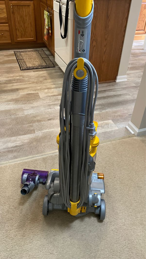 DYSON DC14 vacuum WORKS GREAT!!!!